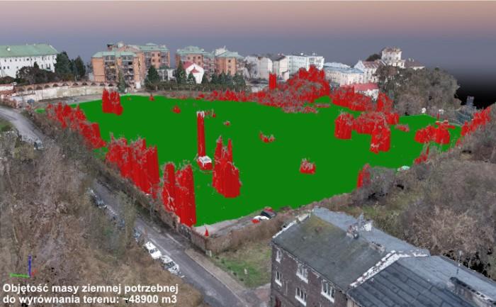 Pomiar dronem objętości masy ziemnej potrzebnej do wyrównania terenu