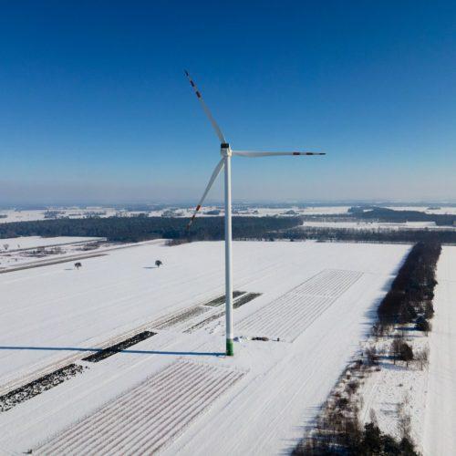 inspekcje turbin wiatrowych dronem spacescan