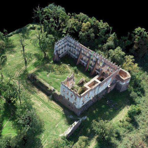 Zamek w Krupem chmura punktów model 3D pomiary dronem RTK